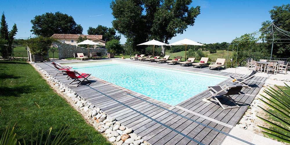 Vacances en chambres d 39 h tes ou gite avec piscine dans le gers for Chambres d hotes piscine